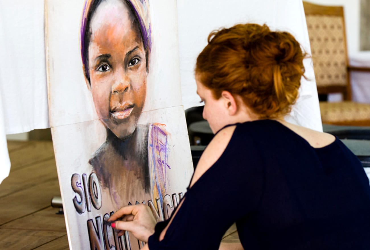 cassandra-burgess-live-drawing-in-africa